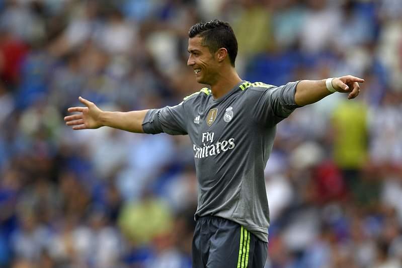 Ronaldo vs Espanhol (15/16): 5 golos em 74m