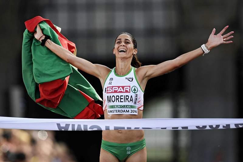 10/07: Sara Moreira campeã da Europa
