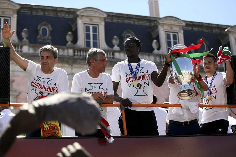 Festejos da seleção nacional na Alameda