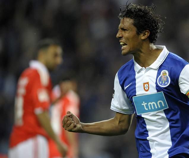 Bruno Alves (Zenit): 22 M