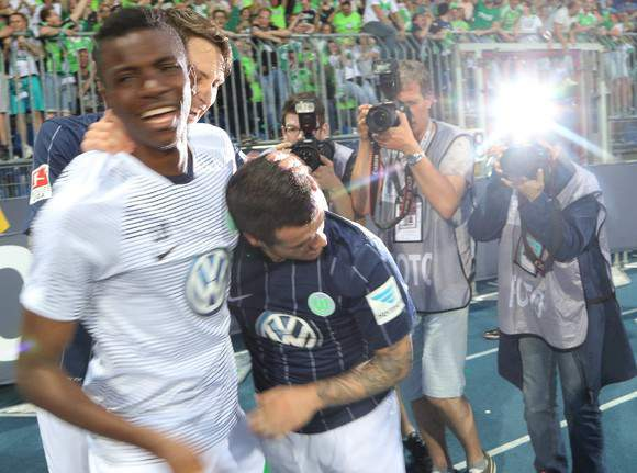 Vierinha foi o herói do Wolfsburgo