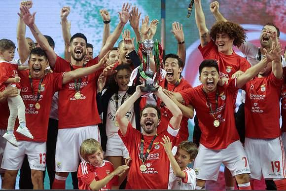 Benfica vence Taça de Portugal de futsal