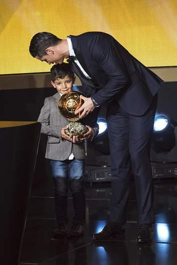 Cristiano Ronaldo com o filho