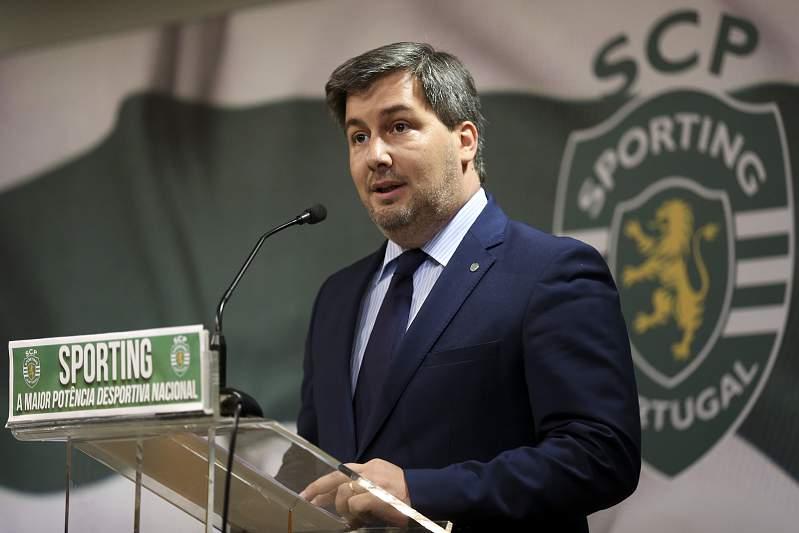 Junho: Bruno de Carvalho confirma Jorge Jesus