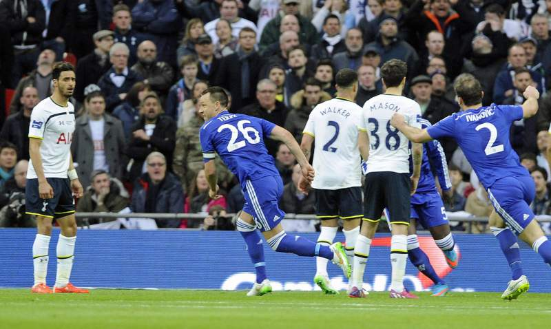 Chelsea de Mourinho vence Taça da Liga
