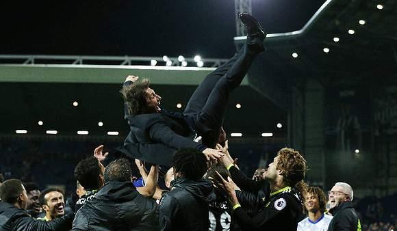 Conte chegou e voou até ao título