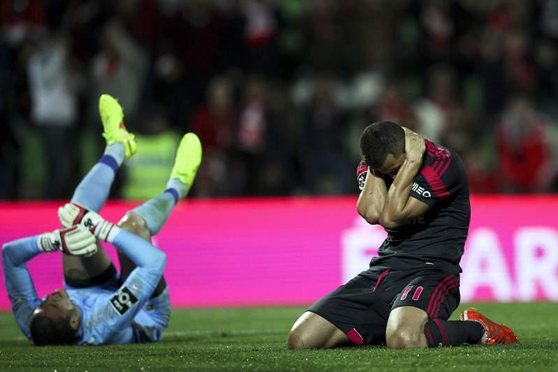 Benfica perde com Rio Ave