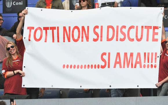 """""""Totti não se discute, ama-se"""""""