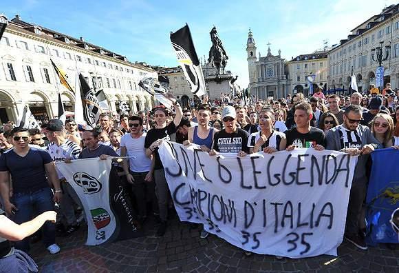 Adeptos da Juventus fazem a festa