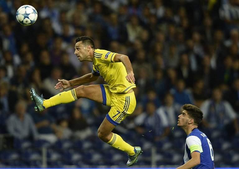 Rúben Neves, o mais jovem capitão na Champions