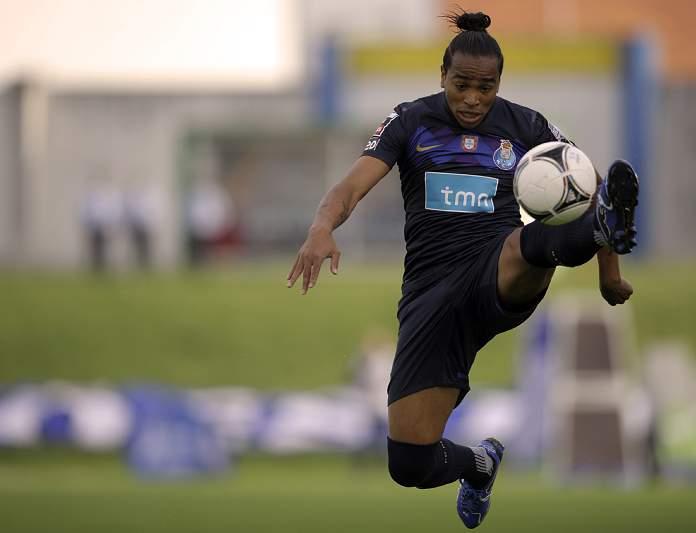 Álvaro Pereira (Inter Milão): 11 M