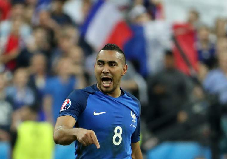 Payet dá vitória à França na abertura do Euro