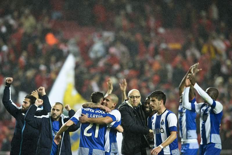 12 Fev: FC Porto vence Benfica na Luz