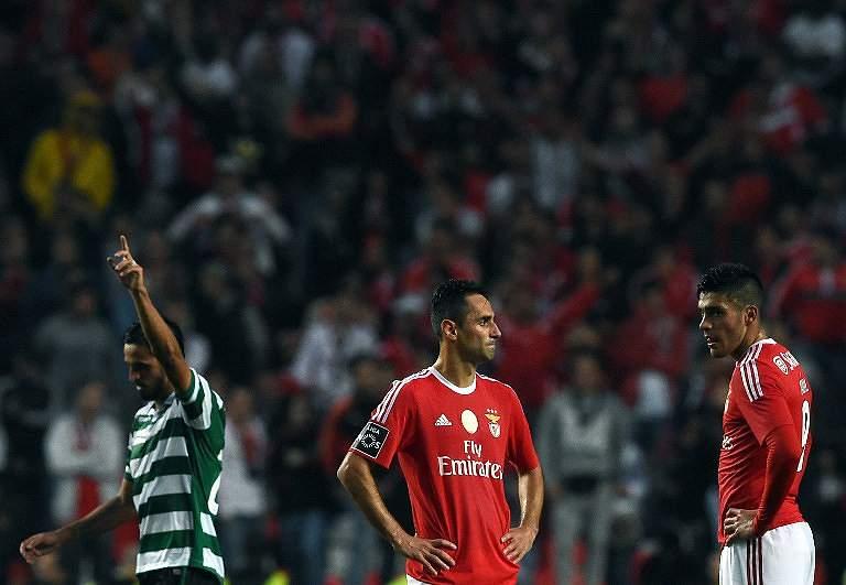 Sporting festeja vitória por 3-0 na Luz