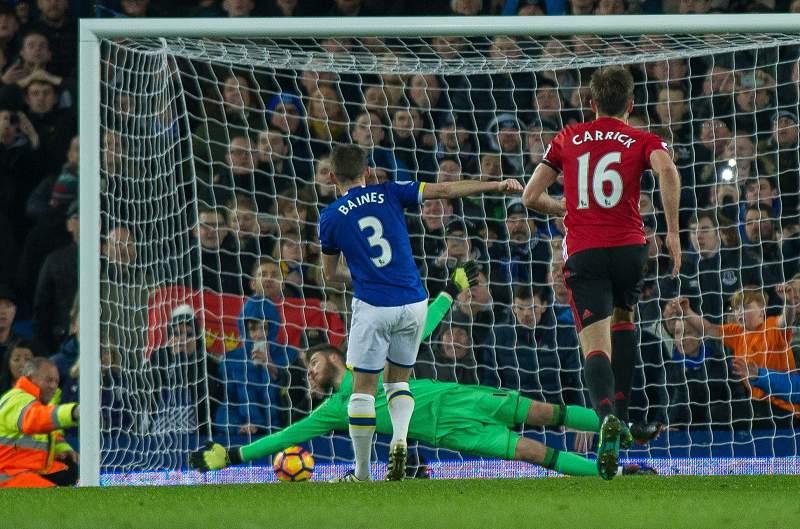 Outro jogo, outro empate para Mourinho