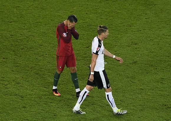 Ronaldo na partida frente à Áustria