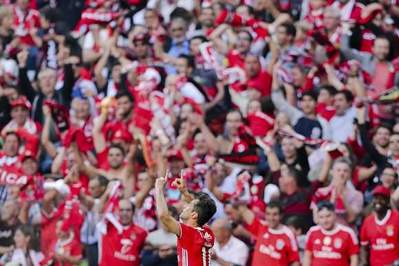 Festa de Jonas e é golo do Benfica