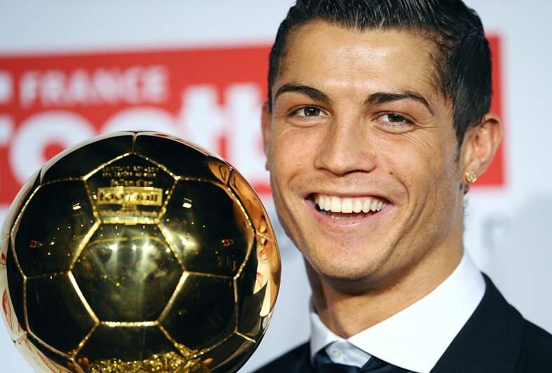 Primeira Bola de Ouro (02/12/08)
