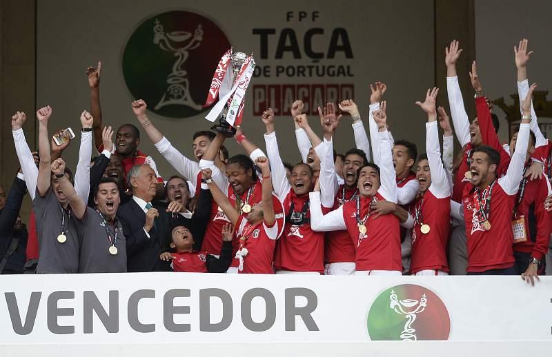 50 anos depois, Braga volta a vencer no Jamor