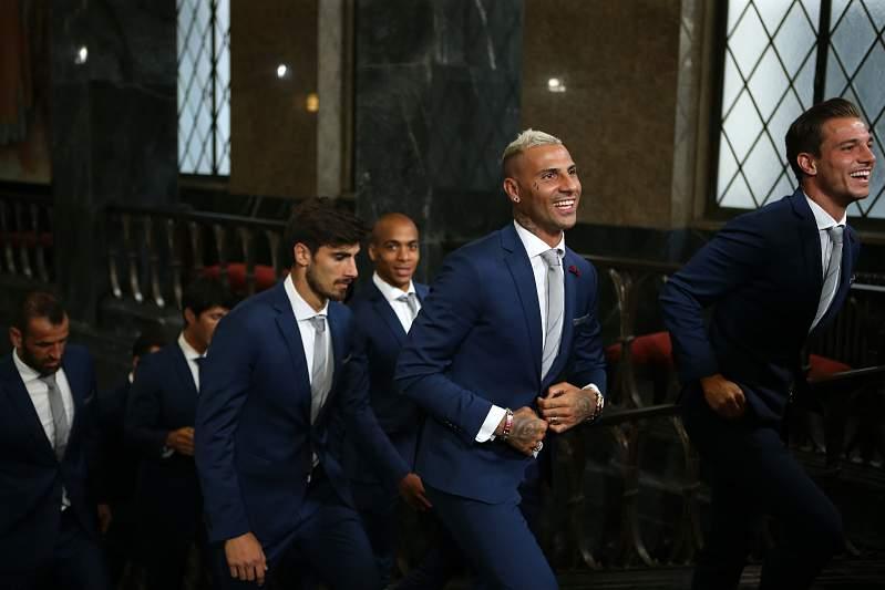 Campeões europeus foram ao Porto