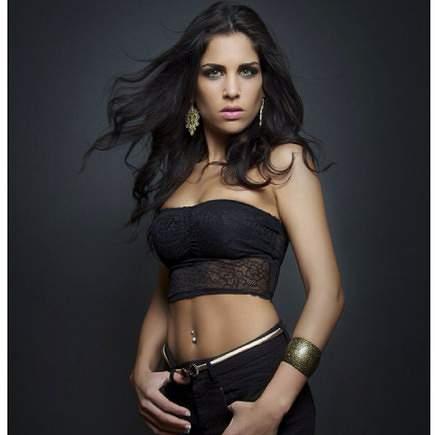 Jad Suhaila, namorada de André Carrillo