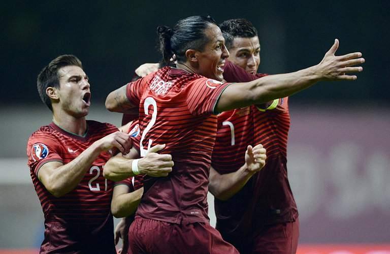 Portugal festeja frente à Dinamarca
