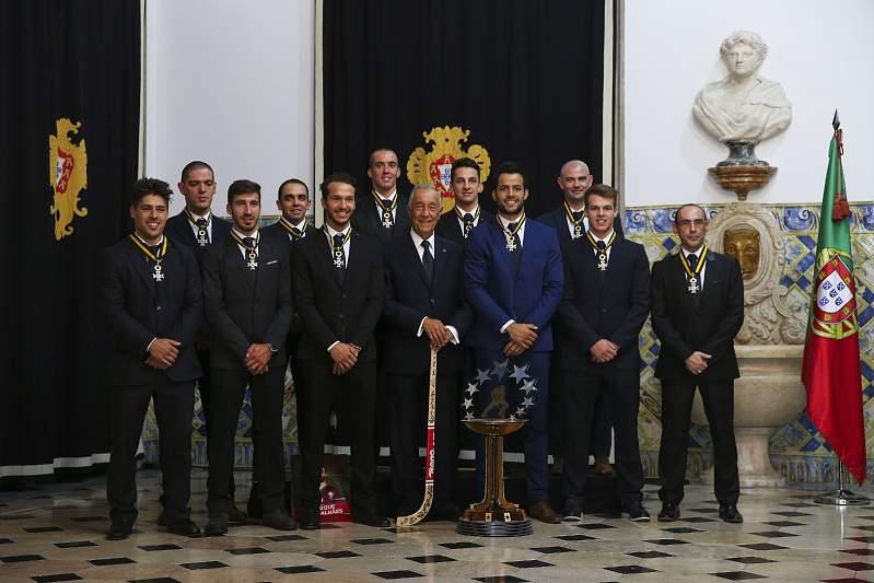 Marcelo com os campeões europeus de hóquei