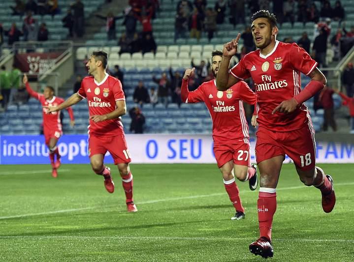 Salvio festeja golo do Benfica