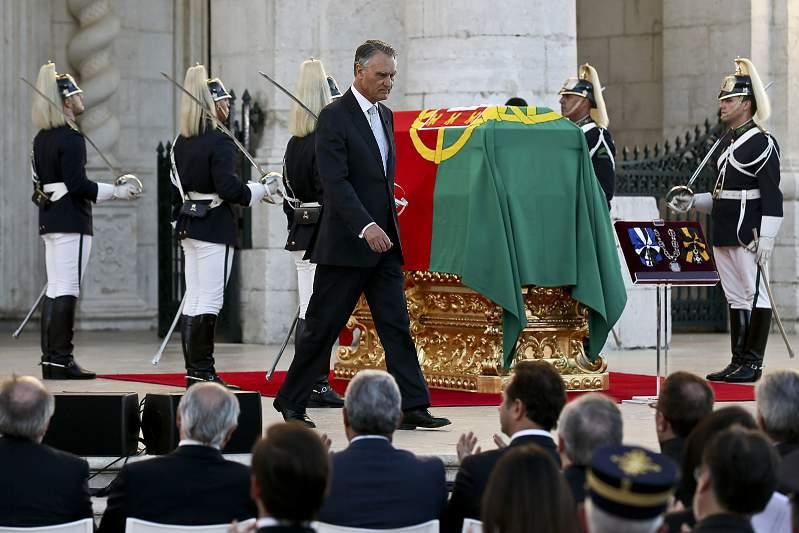 Cavaco Silva na homenagem a Eusébio
