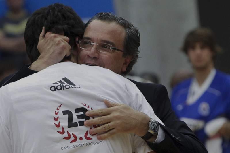 Benfica campeão no Dragão Caixa