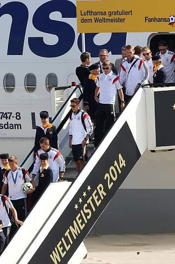 Até a Lufthansa parabenizou os campeões do mundo