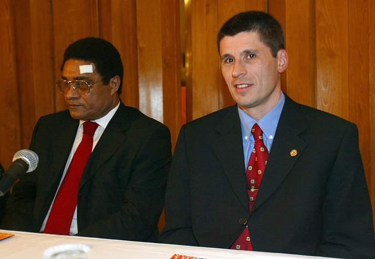 Eusébio e Markus Merk (2003)