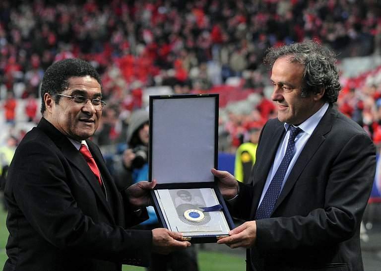 Eusébio e Platini (2010)