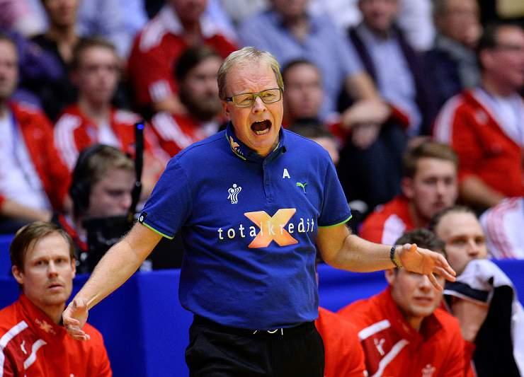 Reação do treinador da Dinamarca
