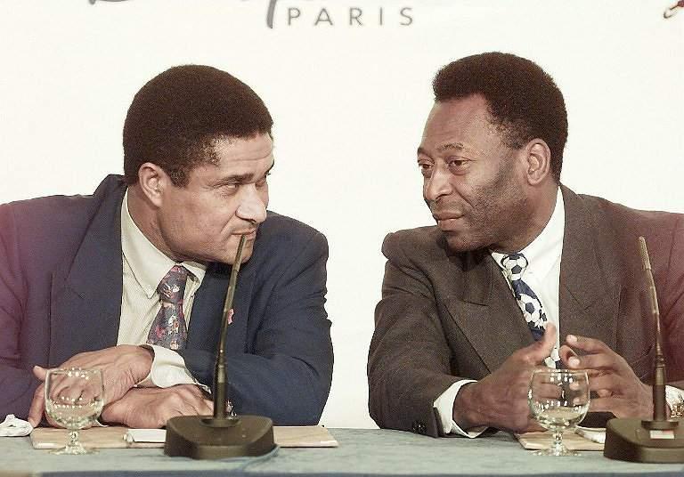 Eusébio e Pelé (1998)