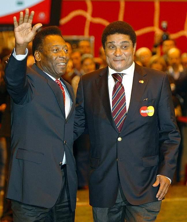 Eusébio e Pelé (2003)