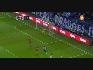 FC Porto, Jogada, M. Marega, 72m