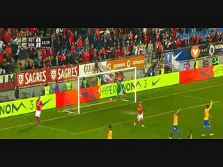 Benfica, Caso, K. Mitroglou, 43m