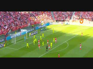 Benfica, Jogada, Jonas, 28m