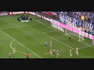 FC Porto, Golo, M. Layún, 56m, 2-0
