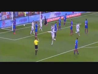 Ronaldo abre o marcador contra o Levante
