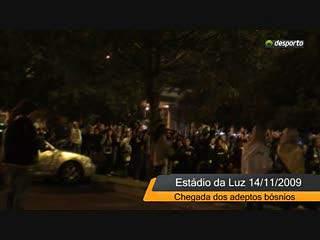 Adeptos bósnios chegaram ao Estádio da Luz
