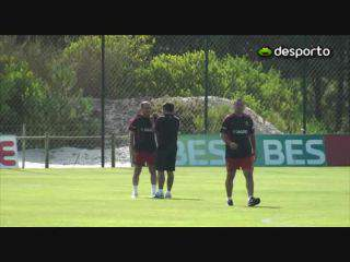 Pepe é a novidade no treino da seleção