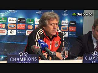 Basileia e Benfica em duelo pela liderança