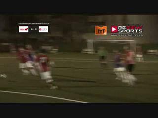 Tiago Graça perto do segundo golo num bom remate cruzado