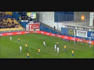 FC Porto, Jogada, Layún, 49m