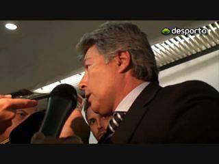 Vítor Pereira ainda não falou com João Ferreira