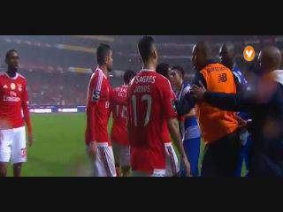 FC Porto, Caso, Layún, 88m