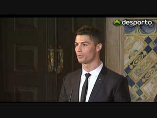 Ronaldo condecorado por Cavaco Silva