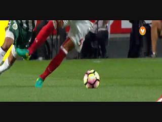 Benfica, Jogada, Lisandro, 52m